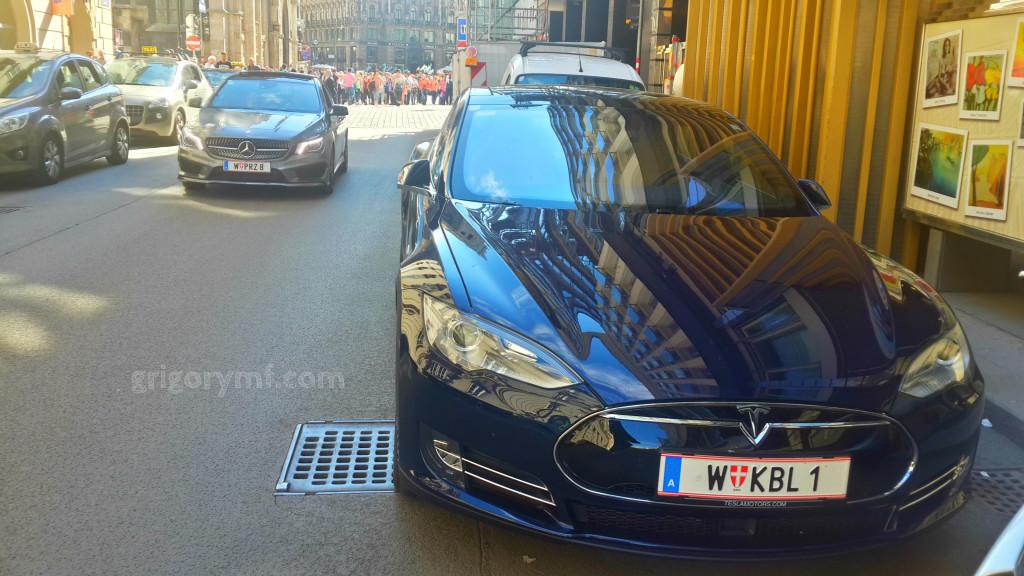 Тесла на улицах Вены